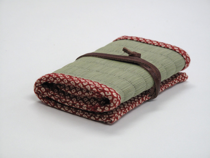 TATAMI Business Card Case || red kanoko